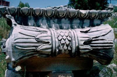 Dydima Apollo temple detail 8