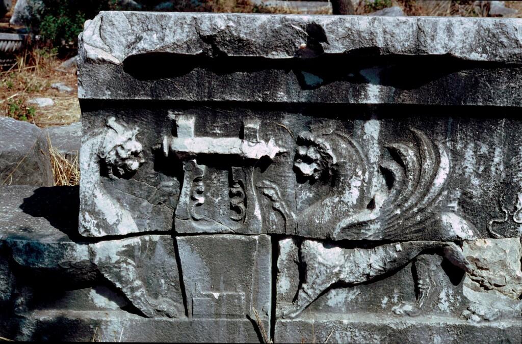 Dydima Apollo temple detail 6