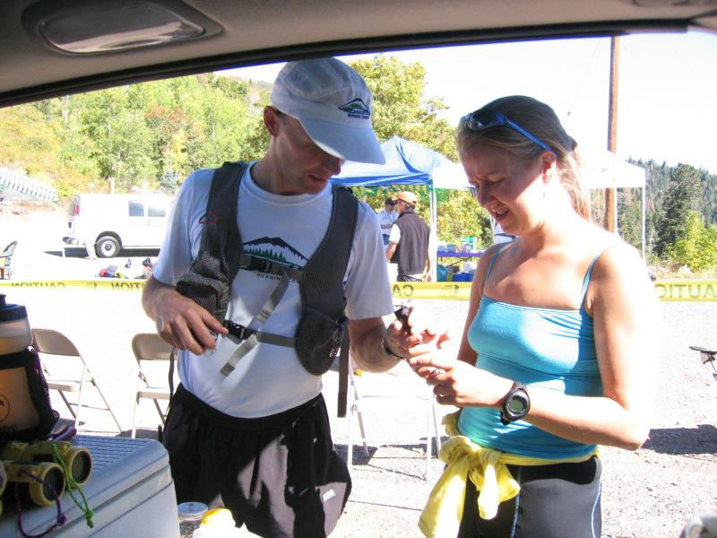 Leah helps Scotts pacer, Uli Steidl get ready