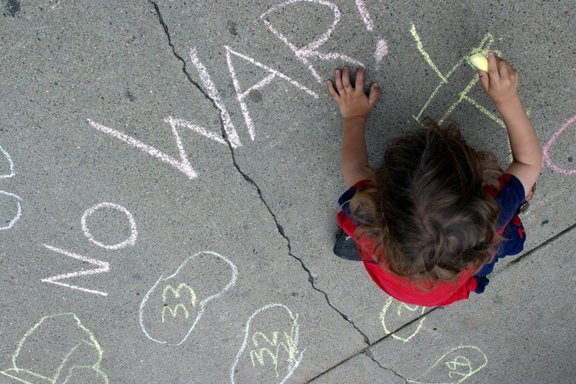 Chalk No War sidewalk.jpg