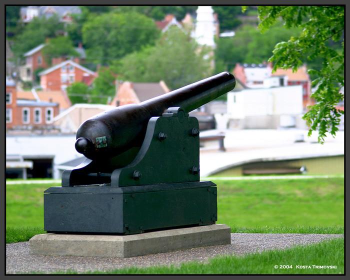 Navy Gun