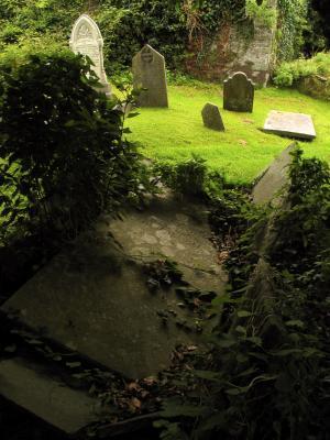 Collapsed grave, St. Multrose Burial Ground, Kinsale, Ireland, 2004