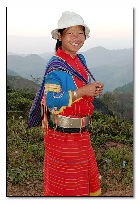 Silver Palaung Woman - End of a long day