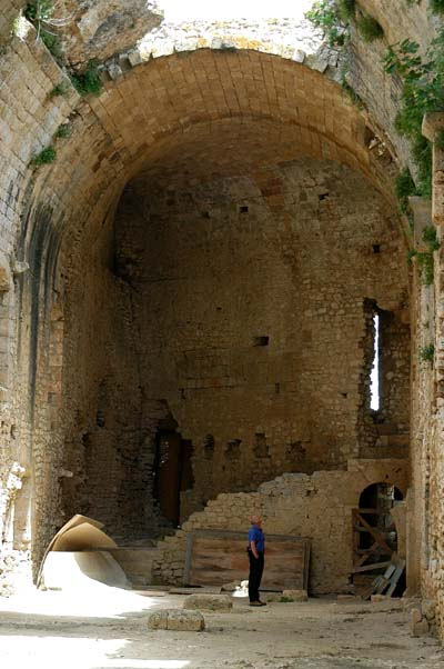 Chlemousti Castle