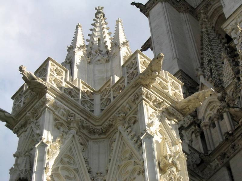 Amiens: le beau pilier