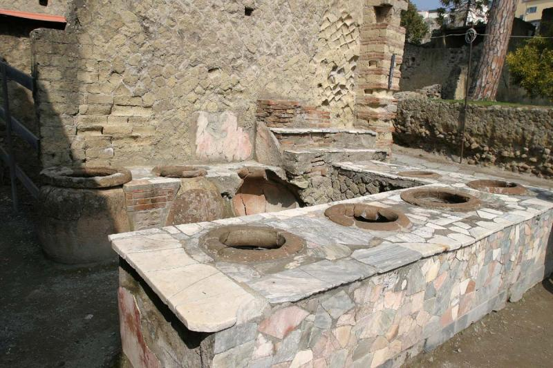The McDonalds of Pompeii