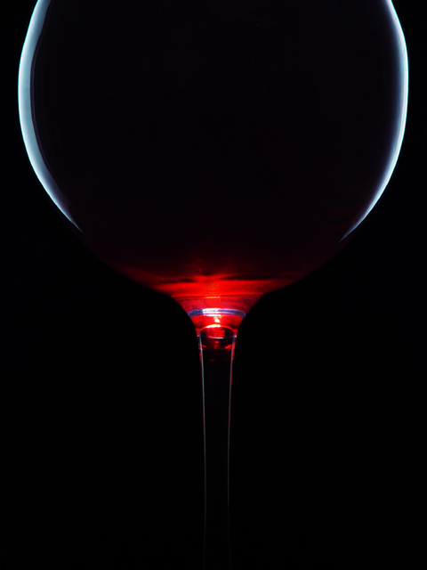 <b>6th Place</b><br>Red Wine<br><i>by Sonny Asehan</i>