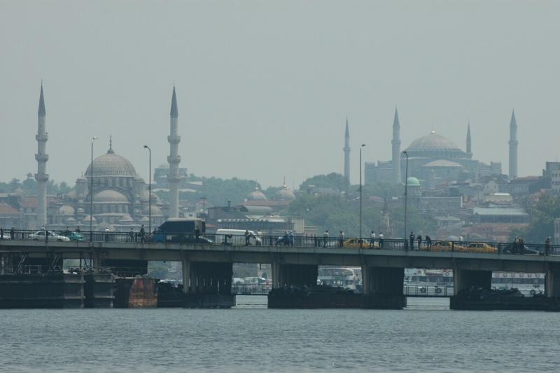 100 Istanbul Galata Bridge_New Mosque_Haghia Sophia-june 2004.jpg