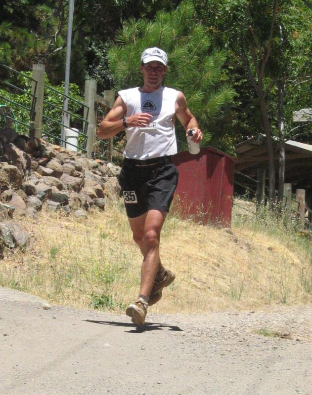 Dave Mackey leads at Michigan Bluff<br>55.7 Miles</br>