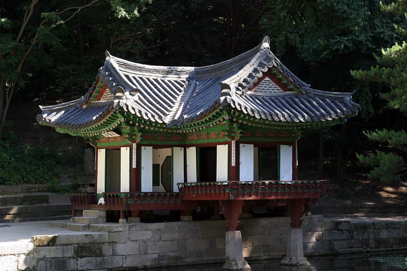 palace3.jpg