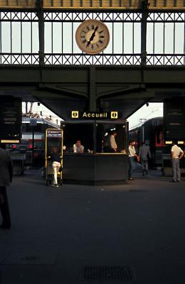 Accueil, Train Station, Paris France