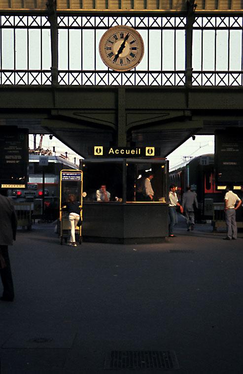 Accueil, Train Station, Paris France