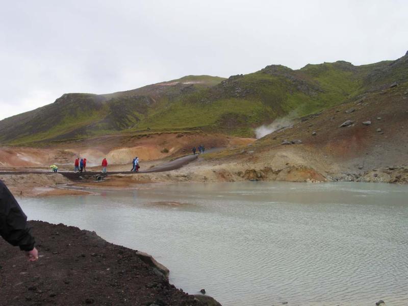 Walking into Geysir land