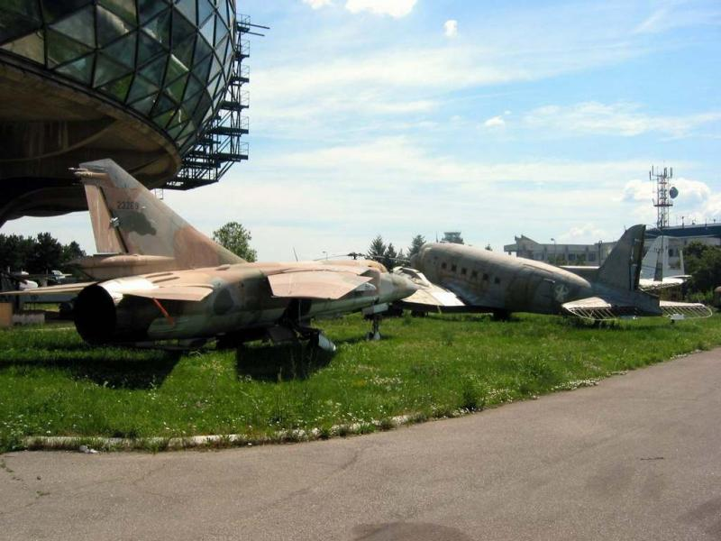 MIG 23 and DC-3