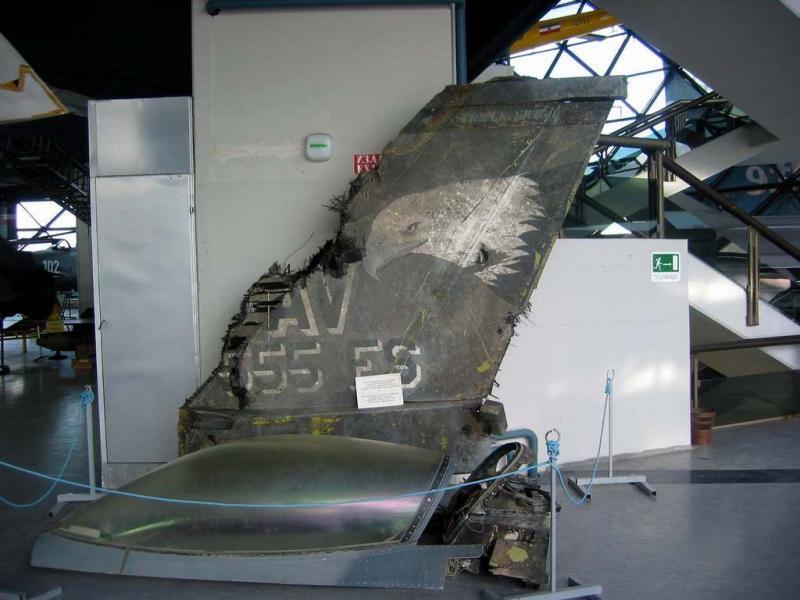 Air Museum, F-16