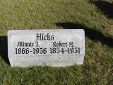 Hicks, Minnie I. & Robert H. Section 2 Row 14