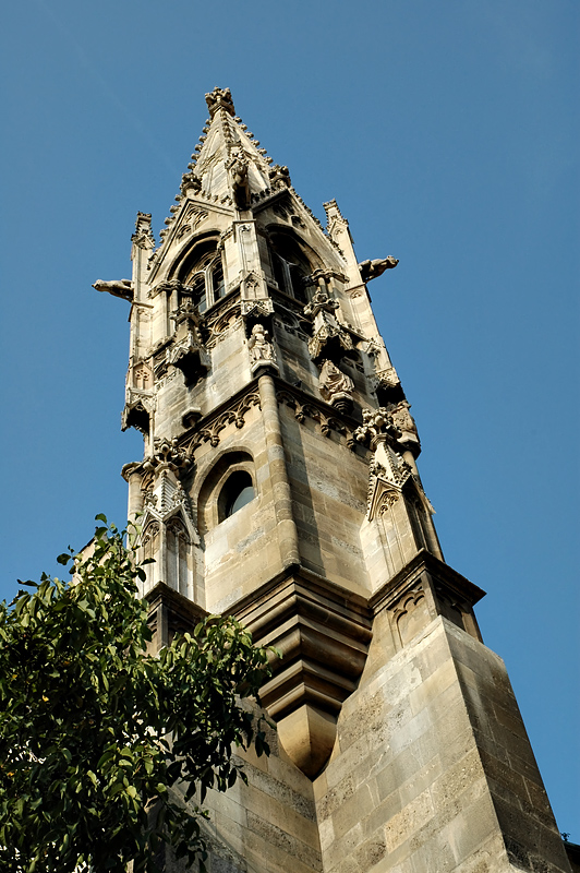 Five-sided steeple