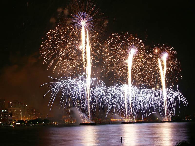 Freedom Festival Fireworks 22:16:33 hrs