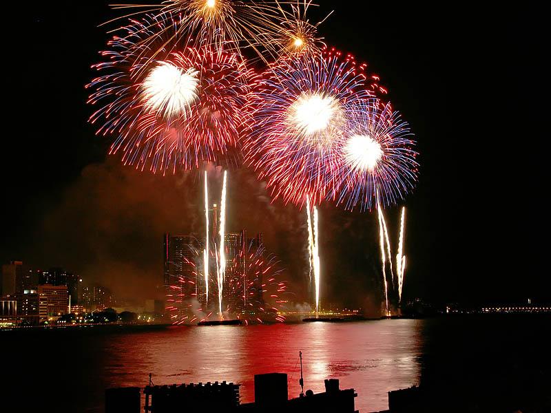 Freedom Festival Fireworks 22:26:05 hrs