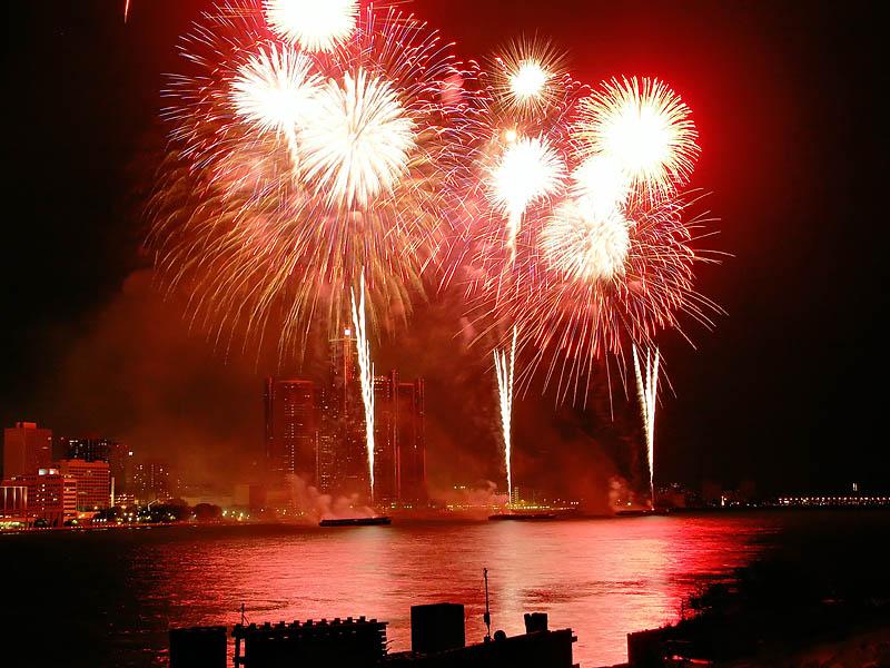 Freedom Festival Fireworks 22:26:12 hrs