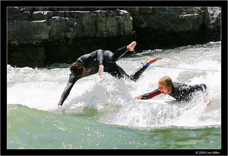 2 surfers 2pc.jpg
