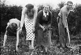 Lifting the Spuds