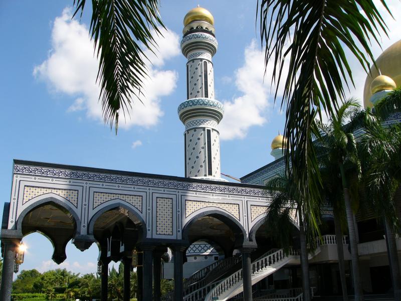 Largest mosque in Brunei