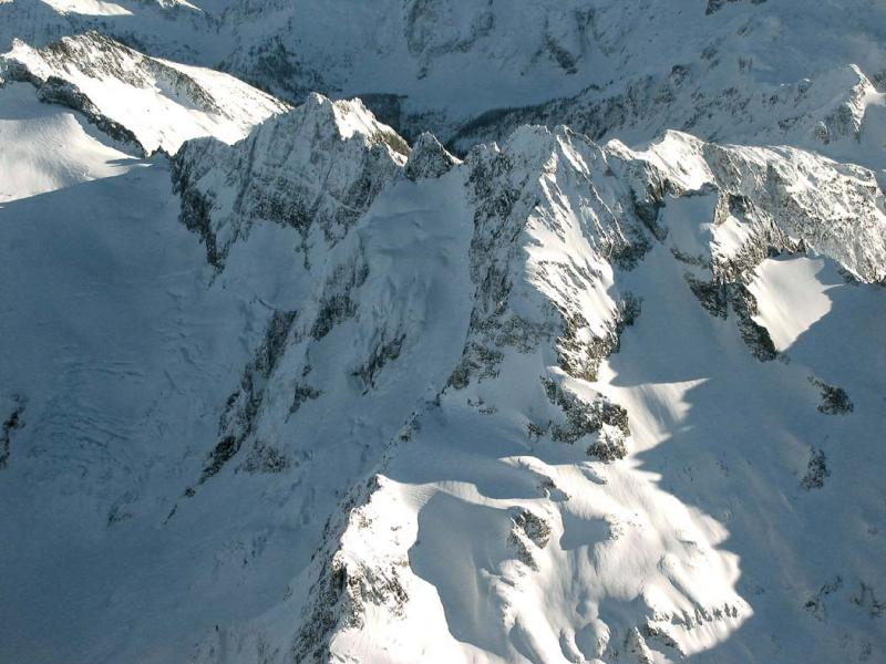 Formidable, N Ridge (Formidable5-010603adj.jpg)