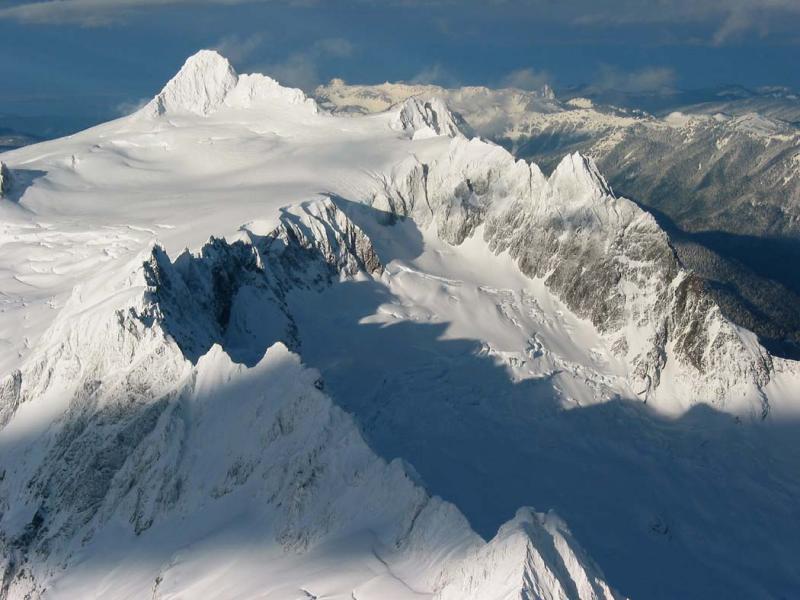 Shuksan, Cloudcap, Jagged Ridge (Shuksan122002-6adj.jpg)