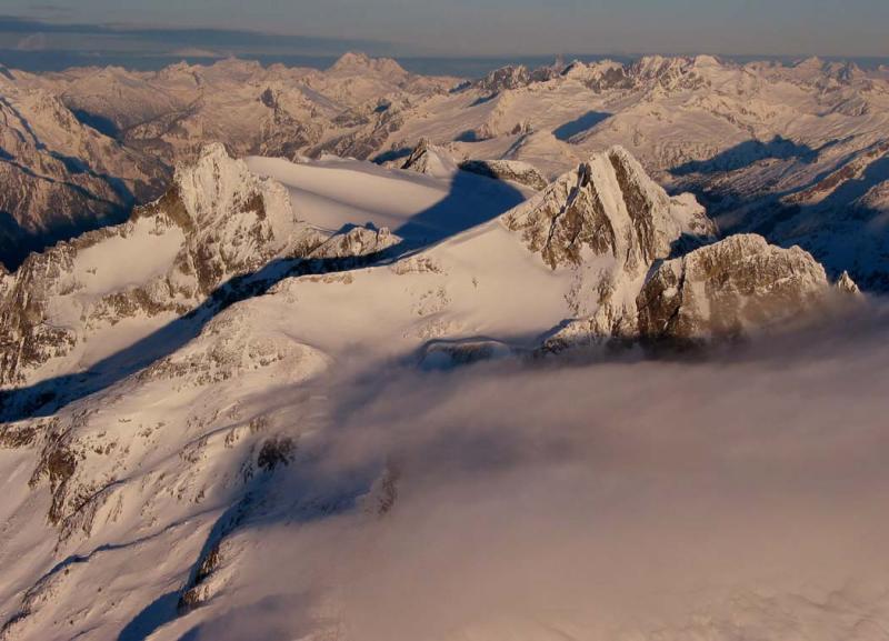 Snowfield & Horseman, View NW (SnowfieldPk122402adj.jpg)