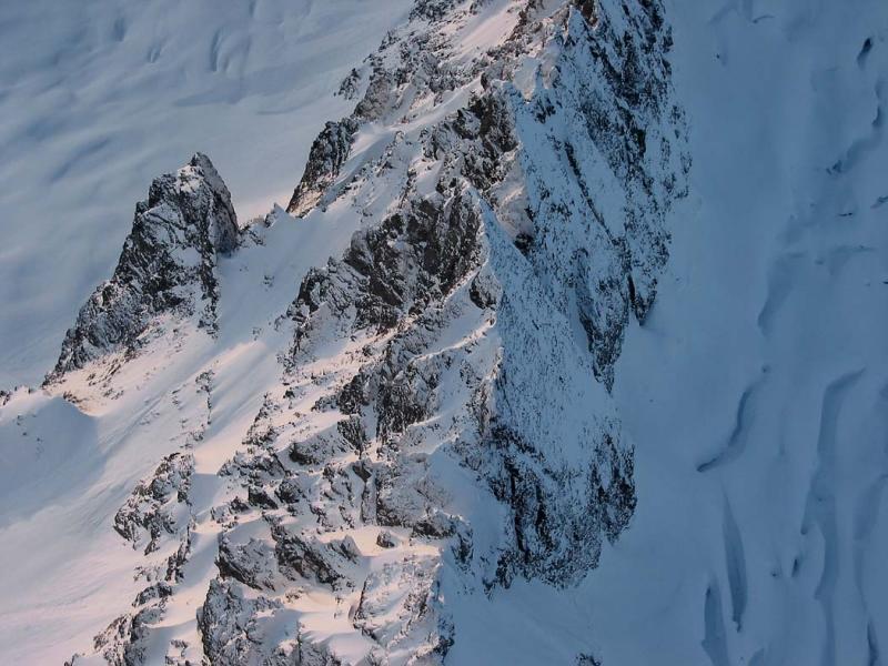 Ripsaw Ridge, View W (RipsawRidge120303b-7adj.jpg)