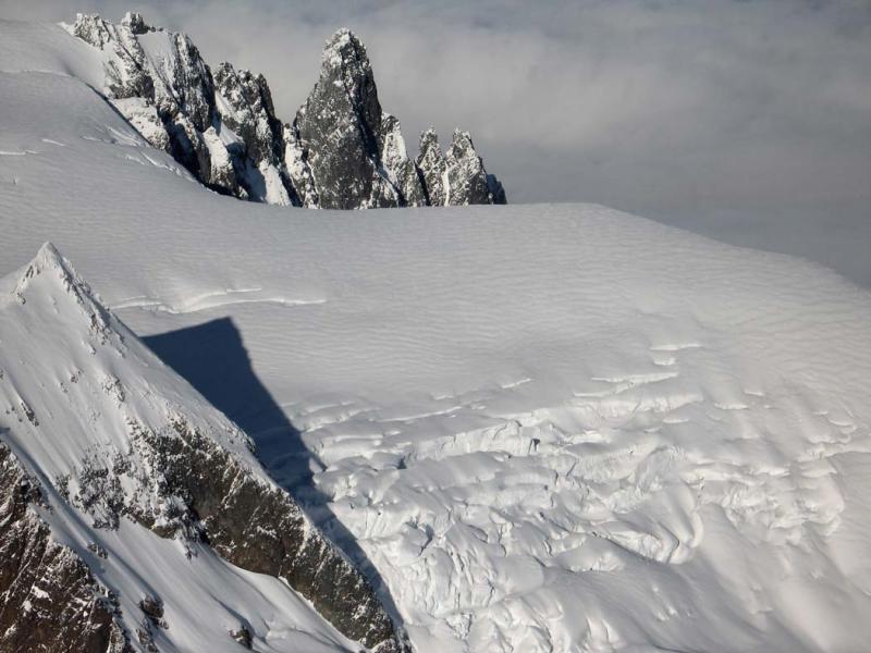 Crystal Glacier & Nooksack Tower (Shuksan111904-094adj.jpg)