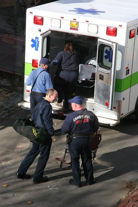 2004-12-05: Ambulance