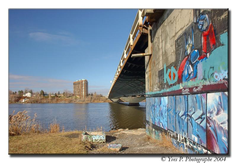 Bridgeside ...