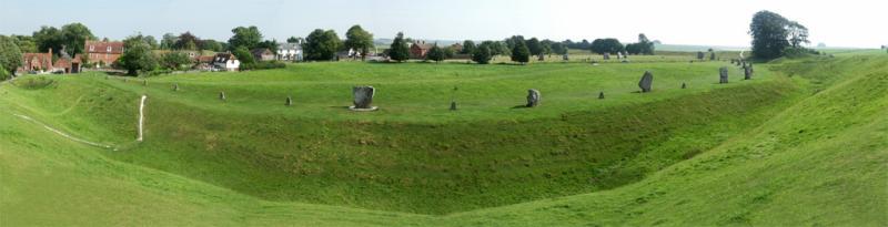 Avebury panoramic.jpg