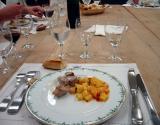 Sautéed tuna & diced potatoes in wine