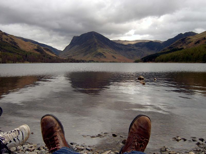 Lake District... lunch at Lake Buttermere