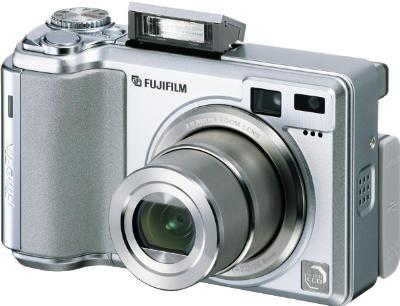 E550_seitliche_front_flash_400.jpg