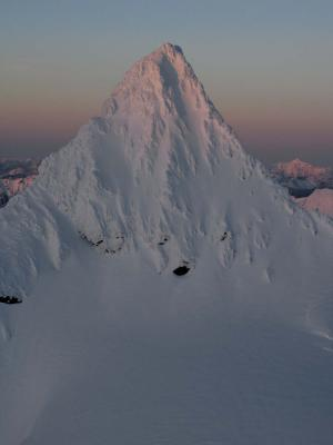 Shuksan Summit Tower, S Face (Shuksan020805-10adjF2.jpg)