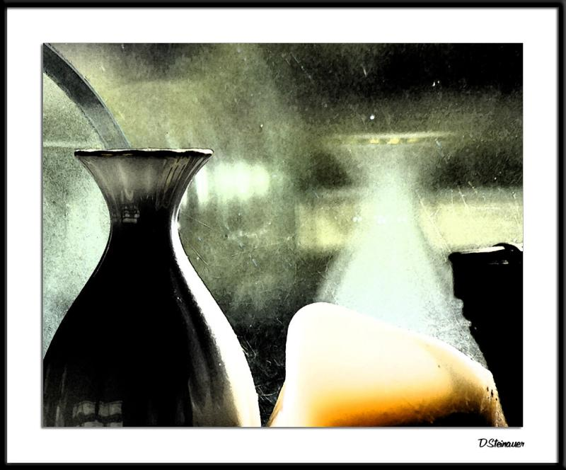 ds20041213_0086a4wF Vase.jpg