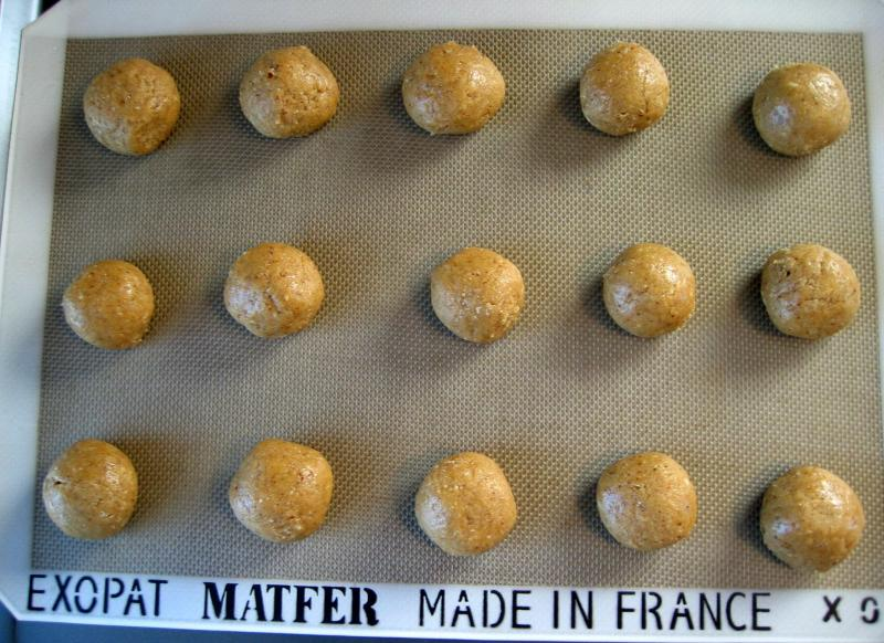Roll the dough into 1 1/2-inch balls