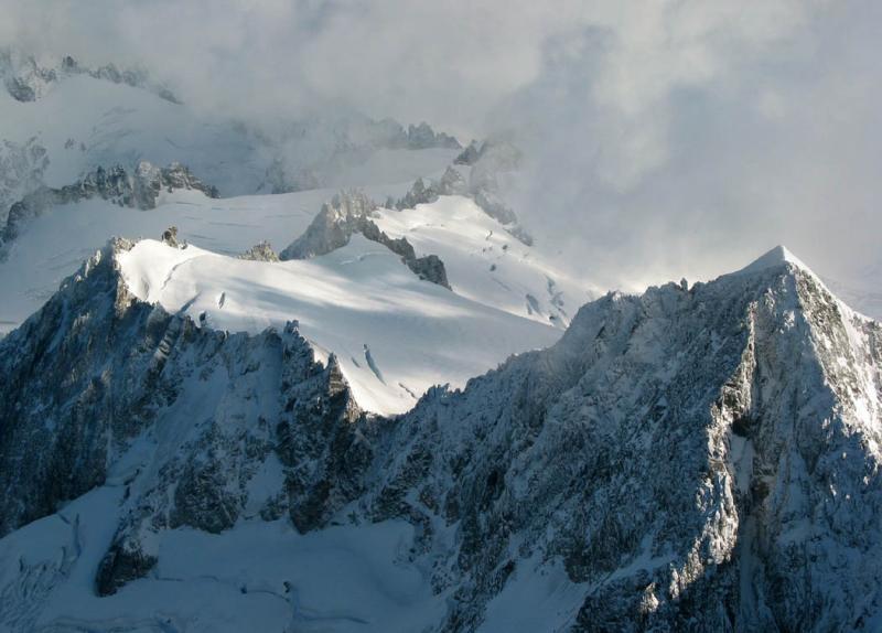 Eldorado, Upper W Face & Ridge (Eldorado110303-09adjDR.jpg)