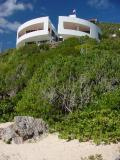 Round villa overlooking Reef Bay