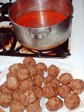 meatballs and tomato sauce 1