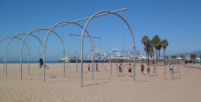 Muscle-beach.jpg