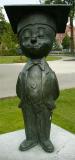 Turnhout (Belgium)'De Bronzen Adhemar' van Lillette Goovaerts (1991)