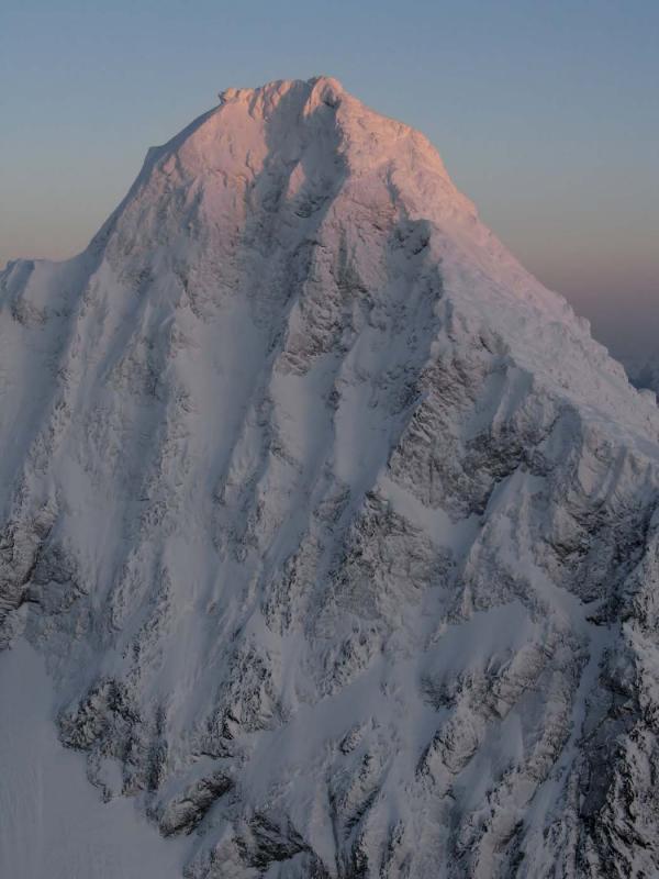 Shuksan Summit Tower, W Face (Shuksan020805-07adjF2.jpg)