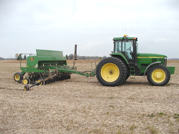 Sowing wheat after soy bean harvest.JPG