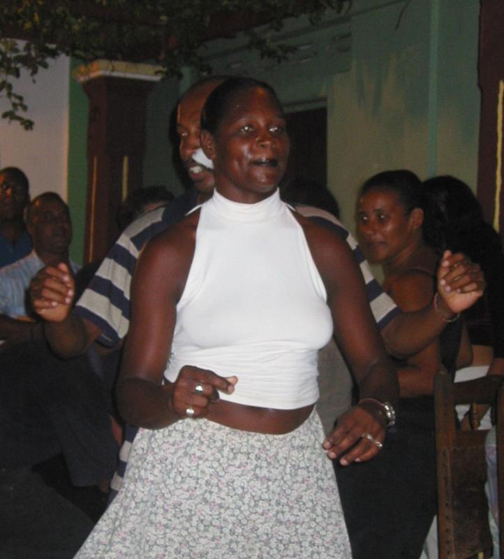 Salsa dancing in Baracoa.jpg