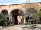 Allende Institute (of art & language)